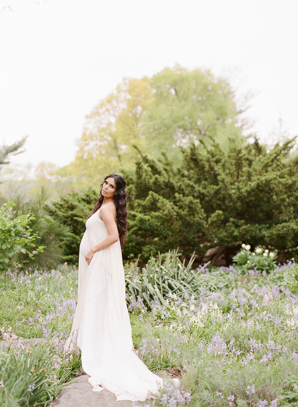 NYC Garden maternity shoot with Charlie Juliet Photography — Welcome ...
