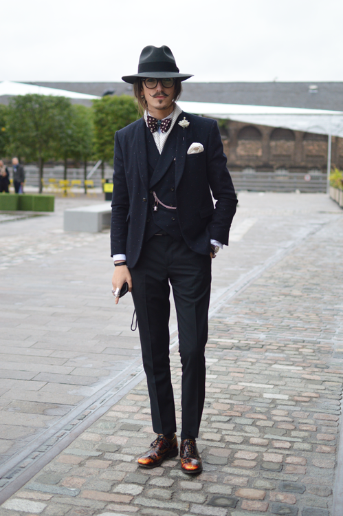 Street Style Tapered Gentleman LFW SS14 - Full Shot.png