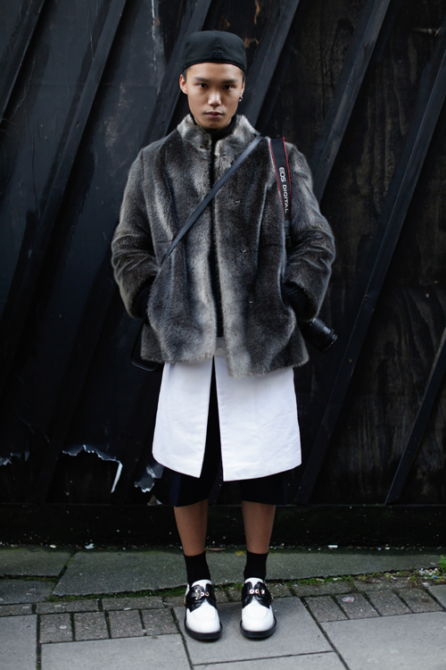 Street Style LCM AW14 'Fur And Shorts' (CSM Student - Oscar Chik) - 02.jpg