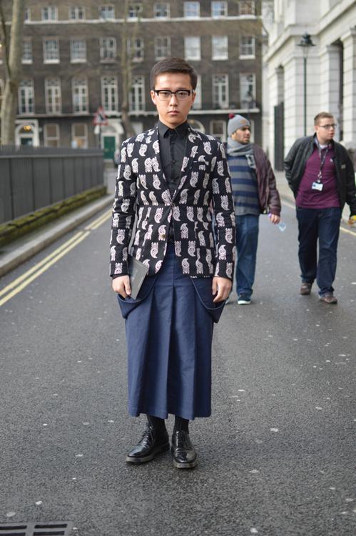 Street Style LCM AW14 'Pattern Blues' (Fashion Journalist - Azuretea Cheng) - 02.jpg