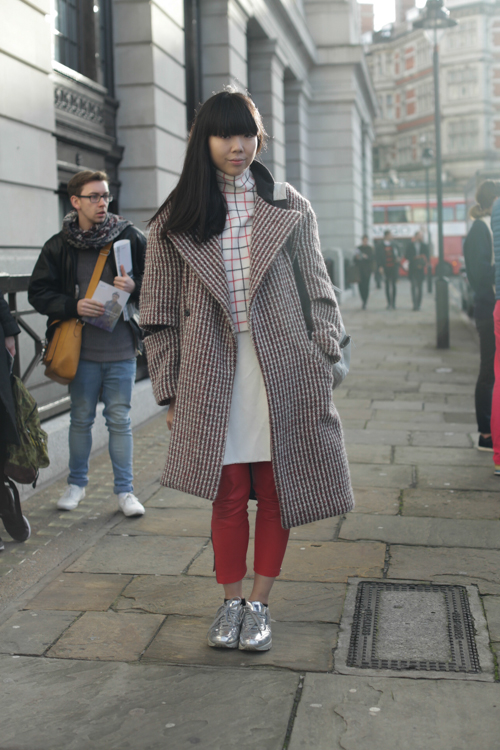 Street Style LCM AW14 'Cozy Grids' (Fashion Blogger - Susie Bubble) - 01.jpg