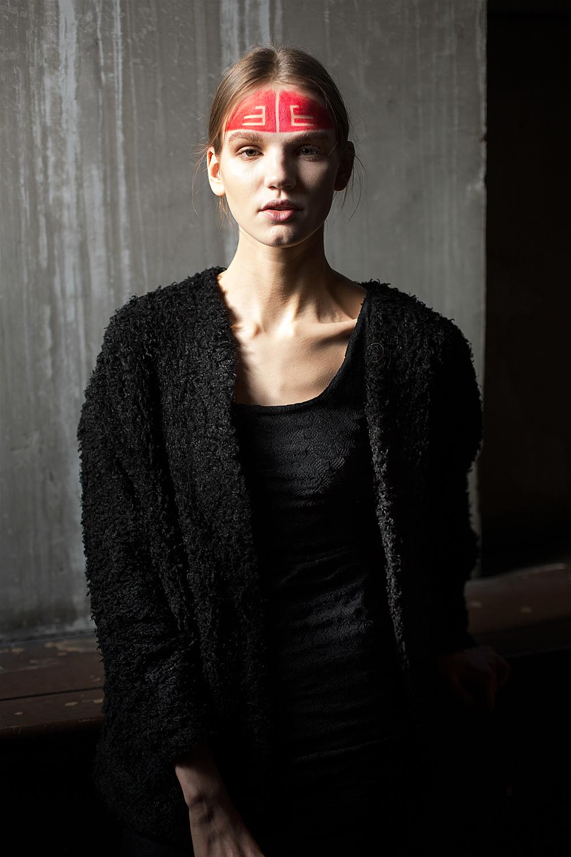 Vivienne-Westwood-Gold-Label-RTW-AW14-BACKSTAGE-12.jpg