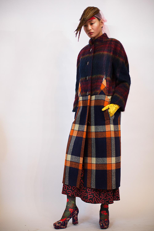 Vivienne-Westwood-Gold-Label-RTW-AW14-BACKSTAGE-13.jpg