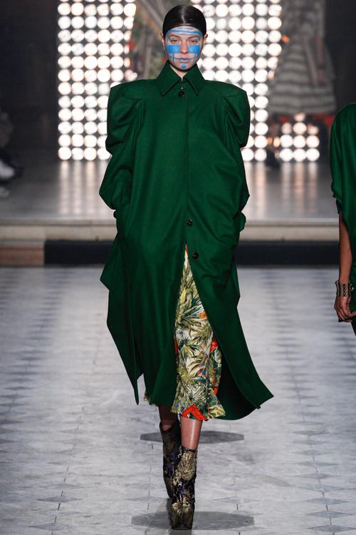 Vivienne-Westwood-Gold-Label-RTW-AW14-LOOK-16.jpg