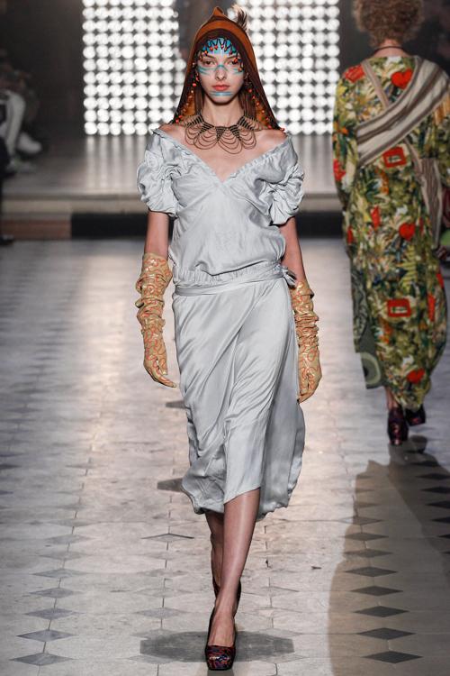 Vivienne-Westwood-Gold-Label-RTW-AW14-LOOK-18.jpg