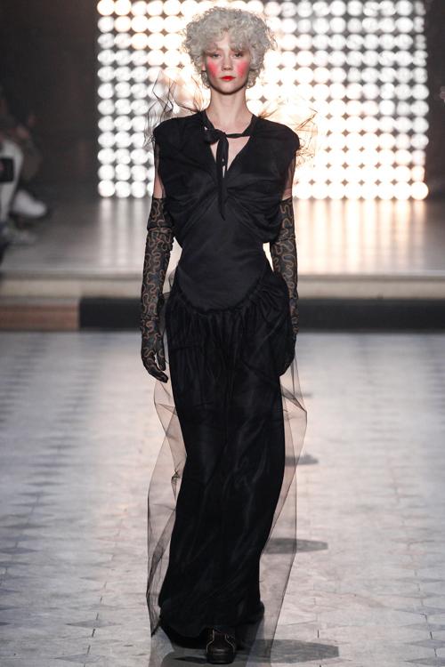 Vivienne-Westwood-Gold-Label-RTW-AW14-LOOK-41.jpg