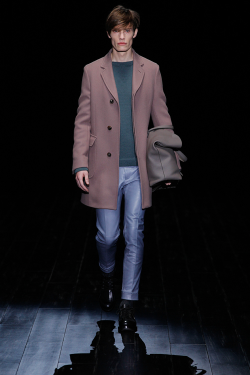 GUCCI-MENSWEAR-AW14-LOOK-1.jpg
