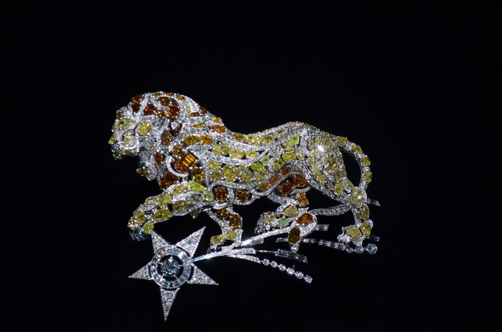 chanel-1932-leo-brooch-1024x678.jpg