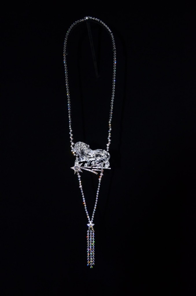 Chanel-1932-Leo-necklace-678x1024.jpg