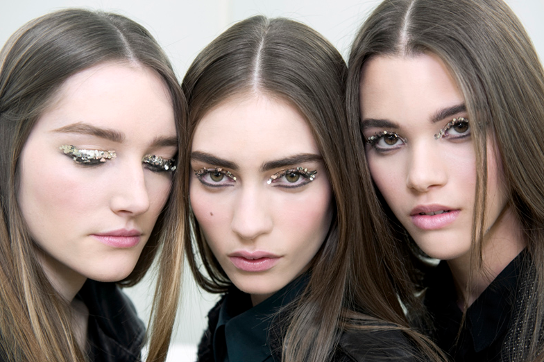Chanel-Beauty-Look-from-Autumn-Winter-2013-2014-by-Peter-Philips.jpg