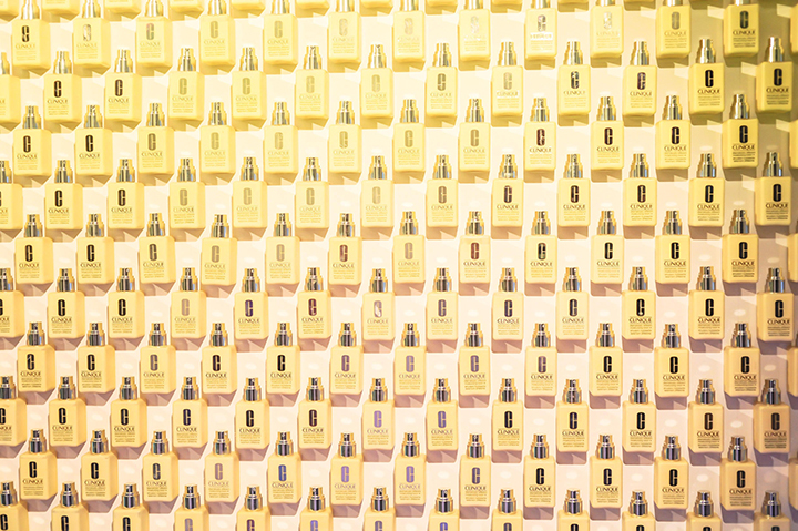 Over 4,000 bottles were used to create a Dramatically Different Display.jpg