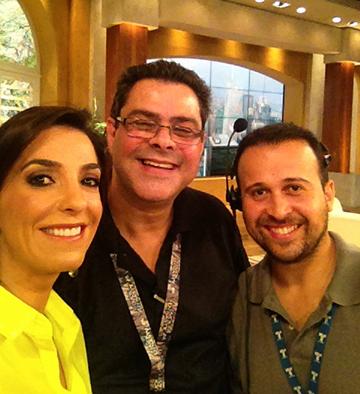 Con mis productores Angelito y Ari. Sin ellos no habría segmentos tan perfectos