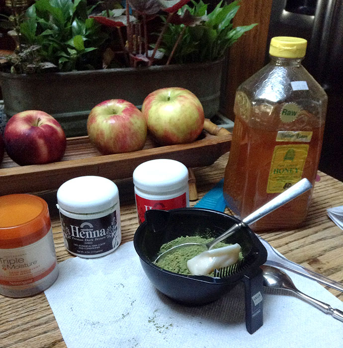 Neutrogena henna preparation.jpg