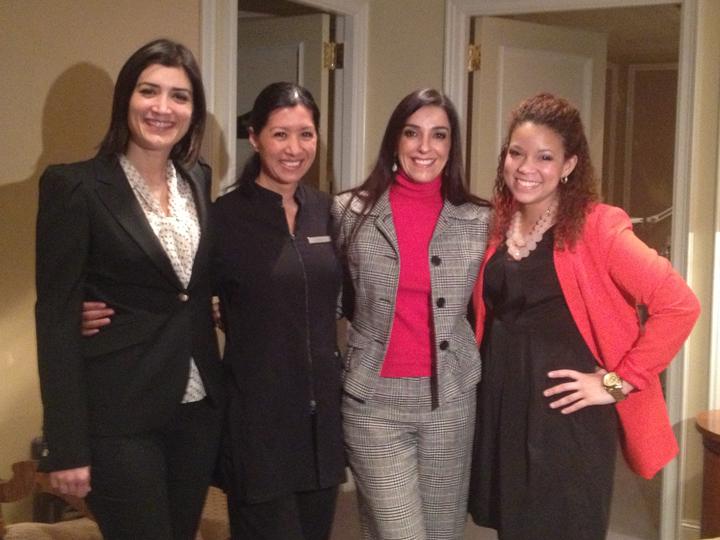 Aquí la modelo Ana, la esteticista Carolina de La Prairie Rita Carlton Spa y mi productora de Telemundo Paloma Veloz