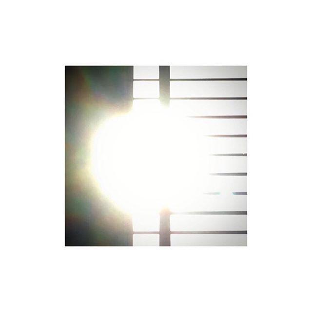 1/2 #light  Image: @rachlouall https://instagram.com/p/BQGEEEcAJiR/
