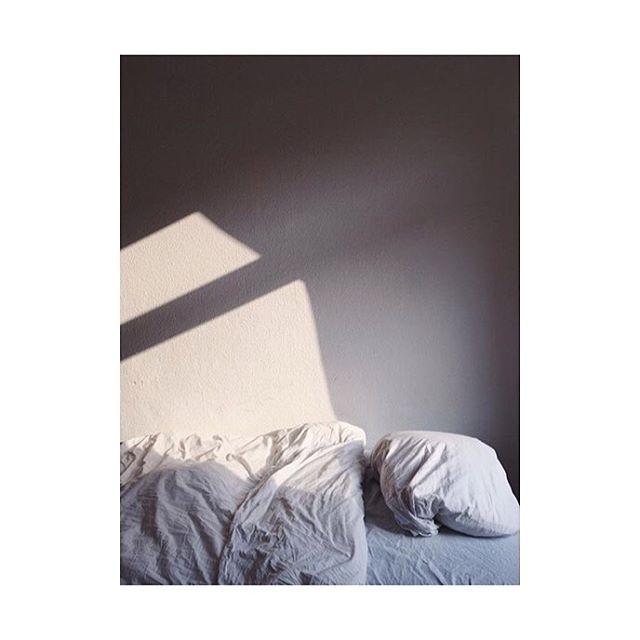 #light 2/2 Image @justine.olivia.tellier  https://instagram.com/p/BQXjNx0jgyE/