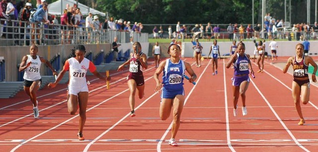 WomensTrack2007_sized.jpg