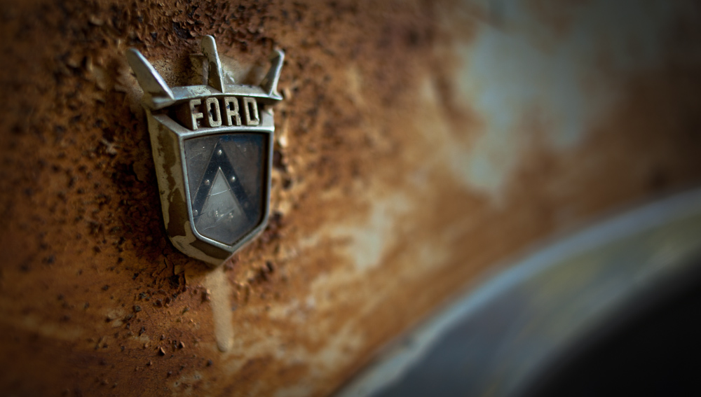 Ford Emblem.jpg