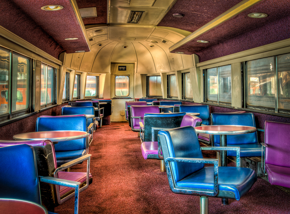 Lounge Car-1.jpg