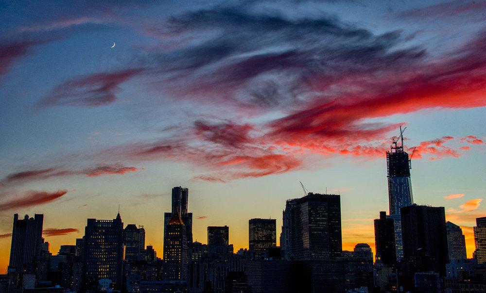 14 Moon_WTC_Sunset.jpg
