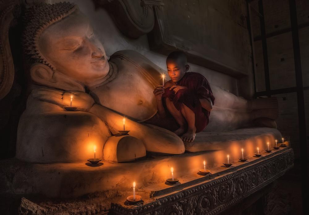 © Rick Sammon Myanmar.jpg