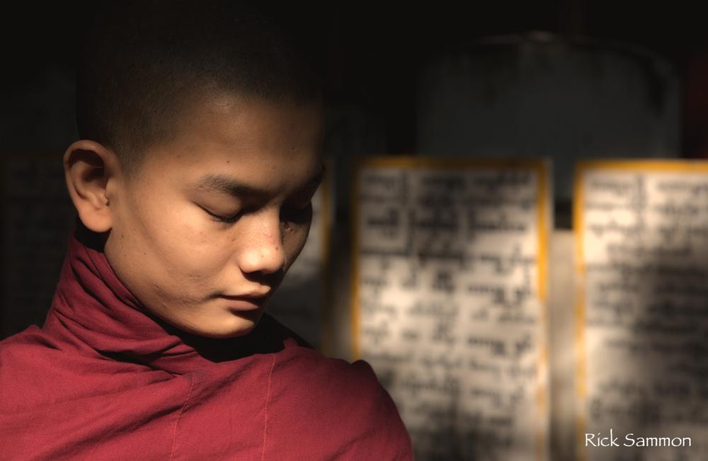 © rick sammon Myanmar Monk.jpg