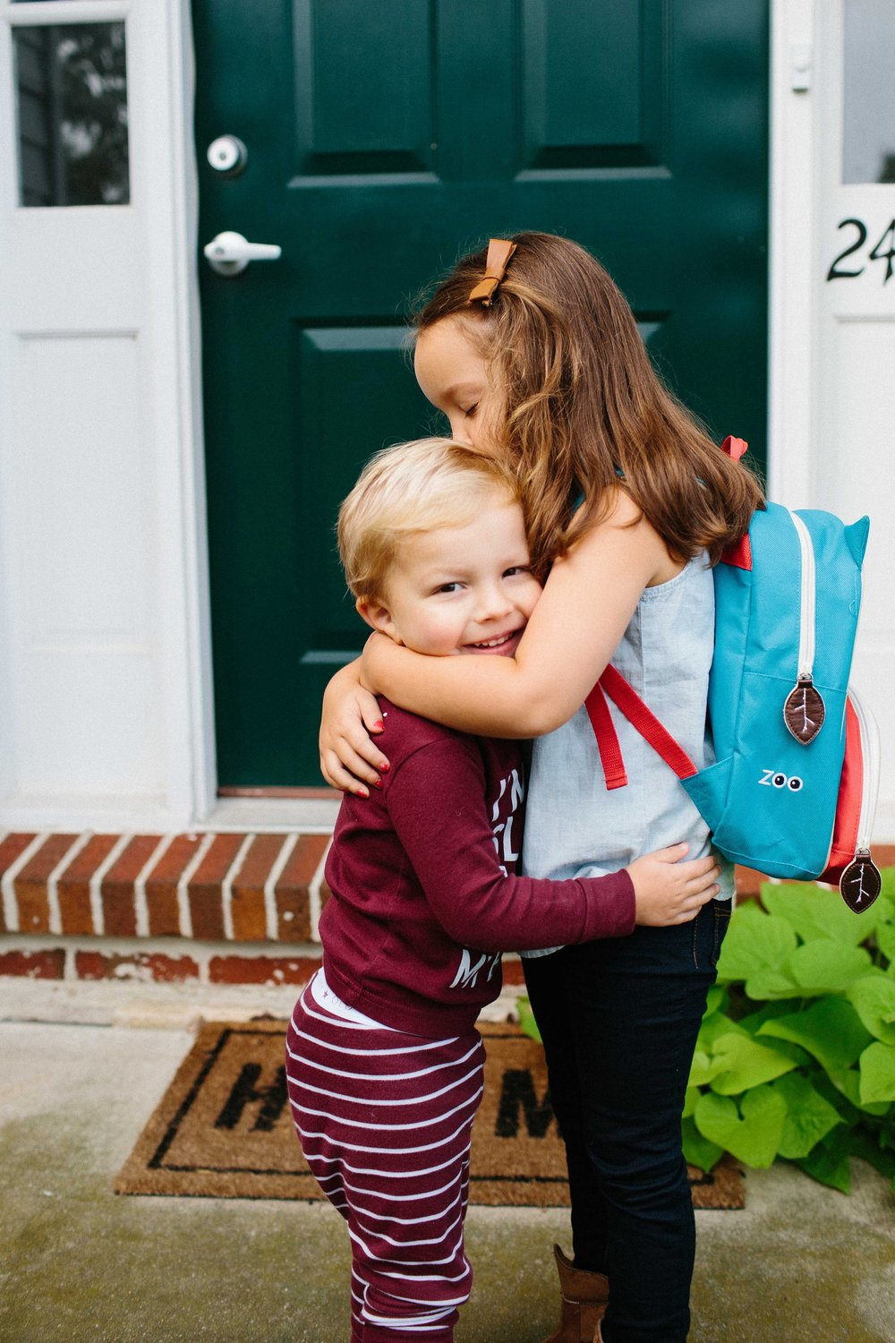 KellyLappPhotography_documentaryfamilyphotography_firstdayofschool_12.JPG