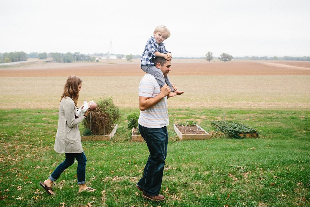 KellyLappPhotography_documentaryfamilyphotography_farmlife_18.JPG