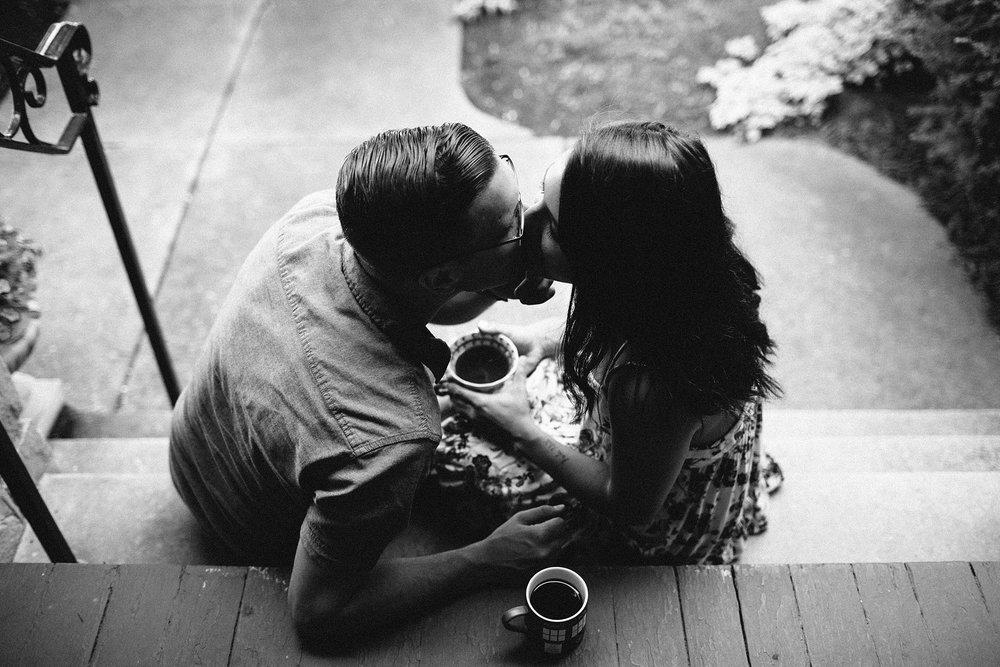 KellyLappPhotography_familyphotojournalism_newlyweds_inhomesession_21.JPG