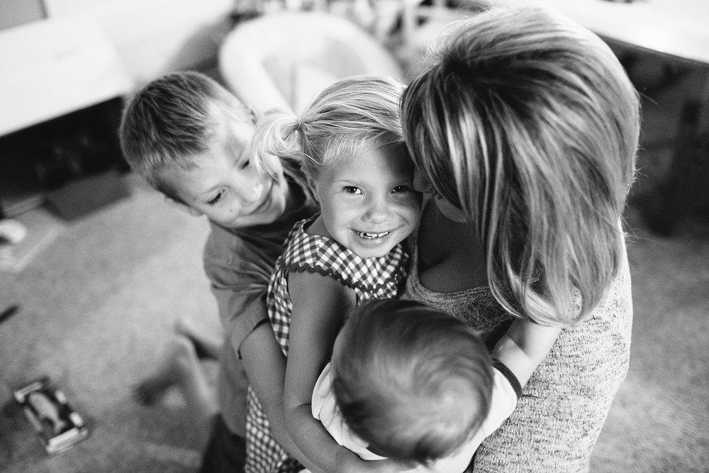 KellyLappPhotography_familyphotojournalism_inhomesession_Lancasterfamilyphotographer_Ranck_37.JPG