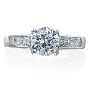 RA1567-18W_Armadani_ring_gold_diamond_roundbrilliant_princesscut_channelset_c6cabcecf9034f1c88a97fc838a6330e_Default.jpg.png