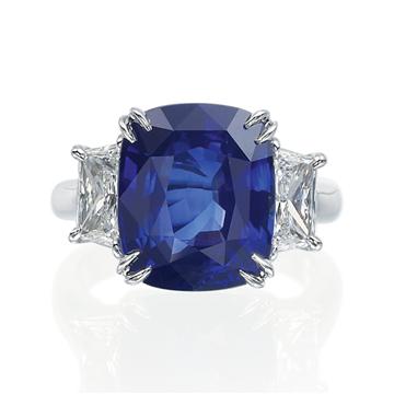 Armadani11007_5379RING_xFrnt_Armadani_ring_gold_diamond_roundbrilliant_sapphire_a23e48f048ae49a0bda183543a96c4cc_Default.jpg.png