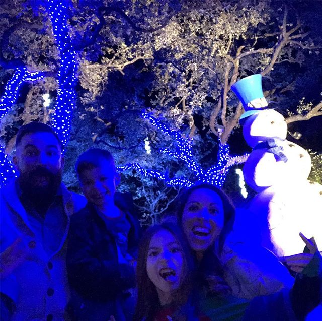 When frosty #photobombs good times at #zoolights