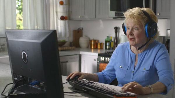 Grandma-Gamer.jpg