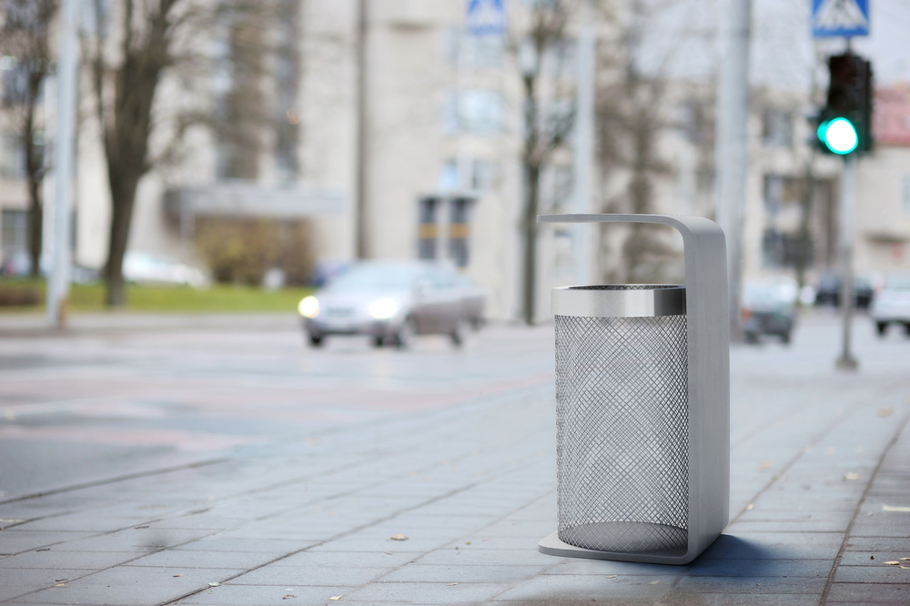Outline bin by Stephane Chapelet for MyWay