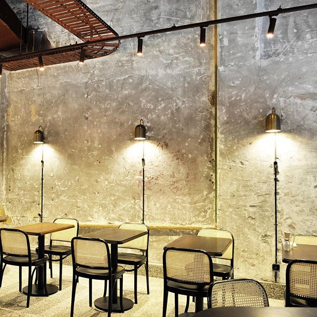 Another beautiful project by @biasoldesign - Pentolina Pasta bar in Melbourne 👌🏼 featuring a soirée of our Duomo wall lights and sconces throughout.  #light #lighting #lightingdesign #Interior #interiordesign #contemporary #geometric #minimal #brass #⚡️ #💥 #pasta #dining #concrete