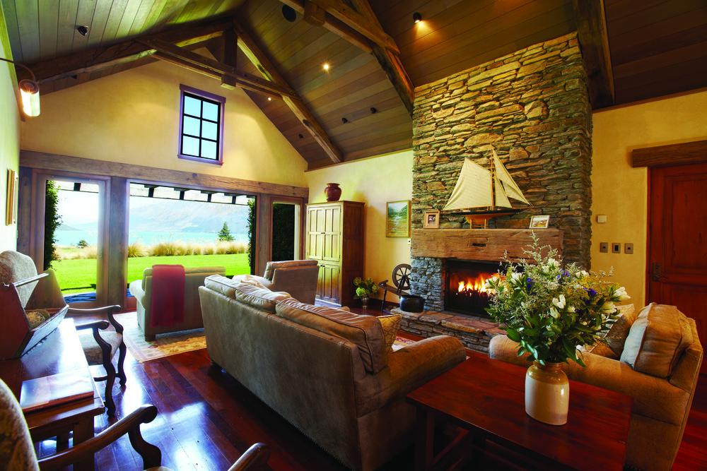 Blanket Bay Chalet Interior.jpg