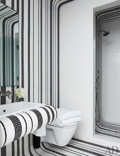 item13.rendition.slideshowWideVertical.delphine-krakoff-new-york-city-11-guest-bathroom-kohler-bisazza-tile.jpg