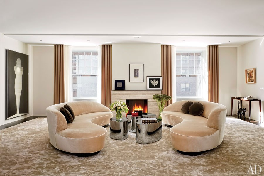 item2.rendition.slideshowWideHorizontal.amy-gold-brett-gorvy-03-manhattan-apartment-living-room.jpg