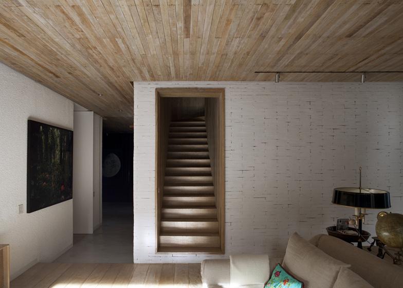 dezeen_yucatan-house-by-isay-weinfeld_ss_1.jpg