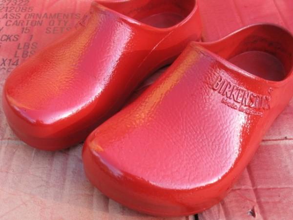 birkenstock plastic clogs