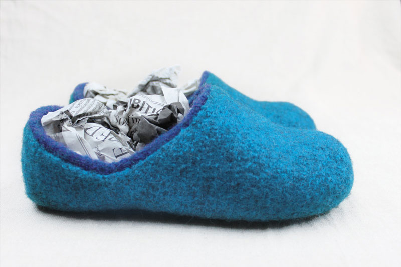 Image from The Knitted Slipper Book