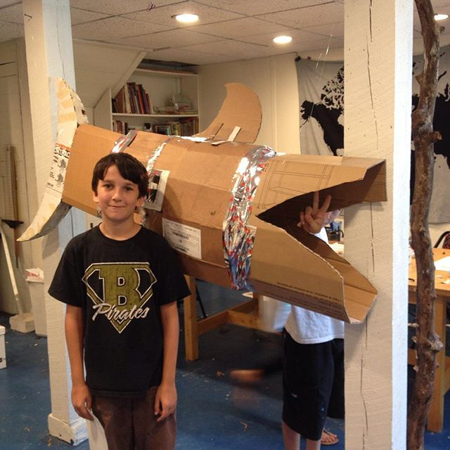 Avery is making a life-sized bull shark from paper mache at Berea Art House's life-size paper mache camp this week. He's just about done with the armature. There is also a pug, dragon, peacock, sloth, and a Tauntaun (that one isn't life-size!) #letthekids #kidartists #papermache
