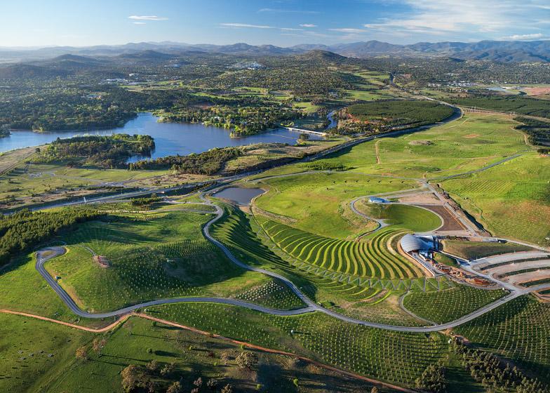 Canberra_Arboretum_dezeen_784_2.jpg