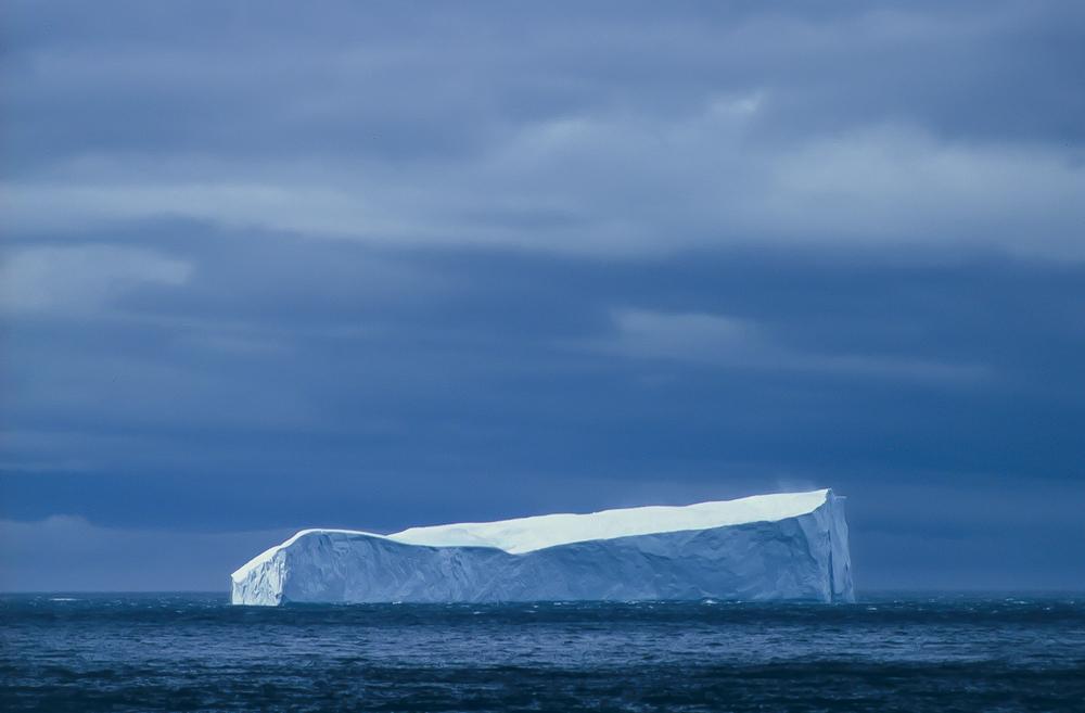 iceberg-3.jpg