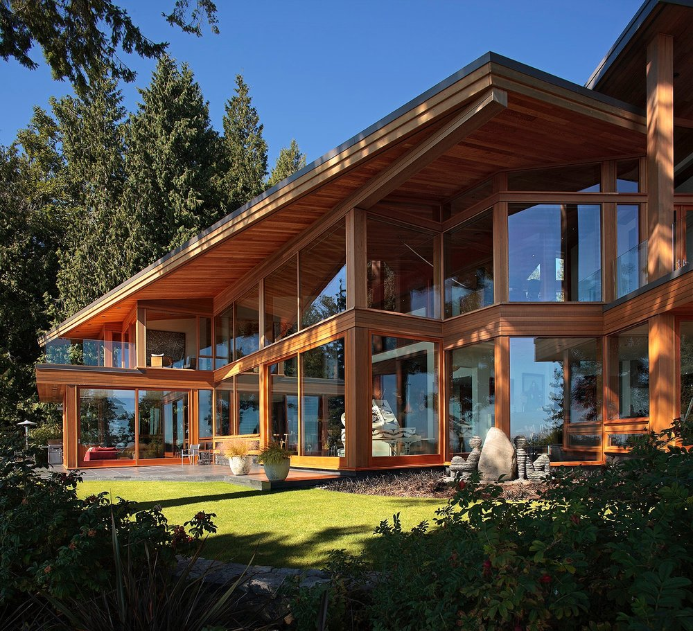 CLIENT:  Confidential   LOCATION : Robert's Creek, Vancouver, Canada   AREA:  5700 Sqft   COMPLETED:  2009   PROGRAM:  Art Collector Weekend Residence   CONTRACTOR : Northwest Contracting:  Allan May    INTERIOR DESIGN:  Paul Conder   IMAGES BY:  Roger Brooks