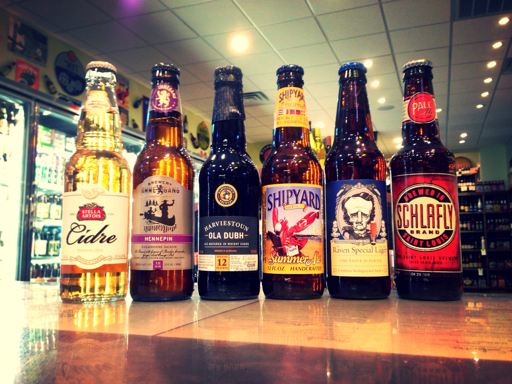 Stella Artois Cidre, Ommegang Hennepin Saison, Harviestouns Ola Dubh 12 Year, Shipyard Summer Ale, Raven Lager, and Schlafly Pale Ale