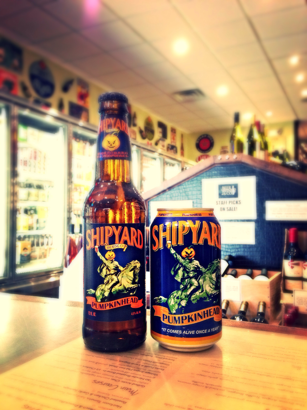 Shipyard Pumpkinhead (Bottles & Cans)