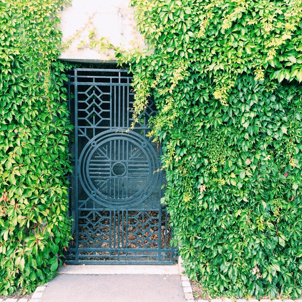 Vine-covered doorways, also at Vigeland