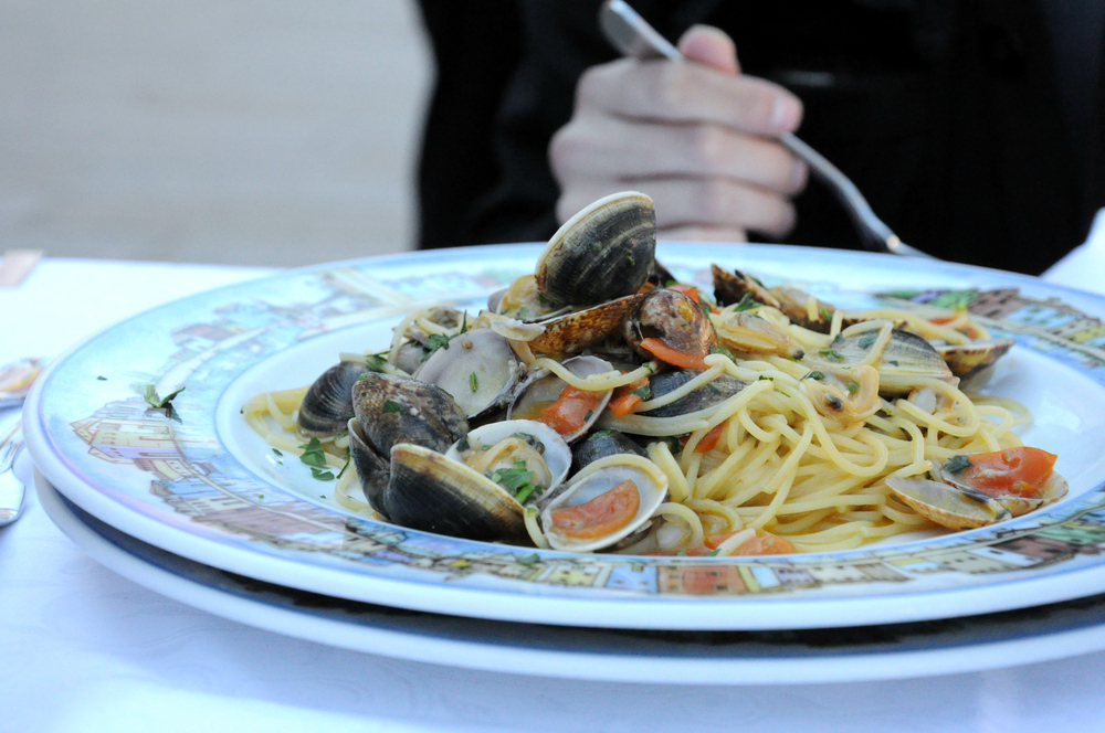 Spaghetti with clams at Trattoria al Gatto Nero